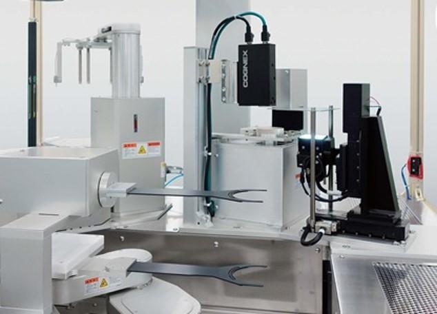装置イメージ_半導体ウェハエッジ検査付き プロトス移載機